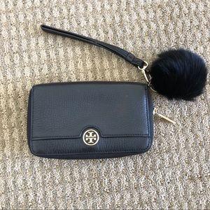Tory Butch Wristlet Wallet